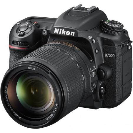 NIKON D7500 + 18-140 G VR
