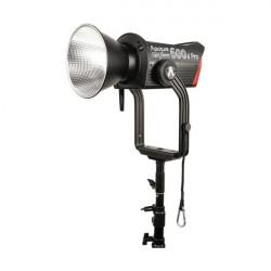 APUTURE LIGHT STORM 600D...